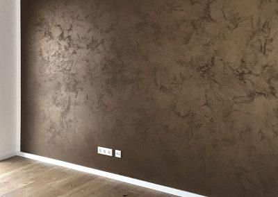 malwerk_krauss_Wohnzimmer-Italienische-Wischtechnik-mit-Metalliceffekt